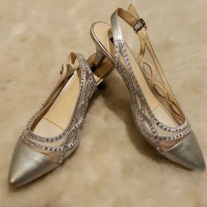 EUC Alex Marie silver sling-back pointy toe heels